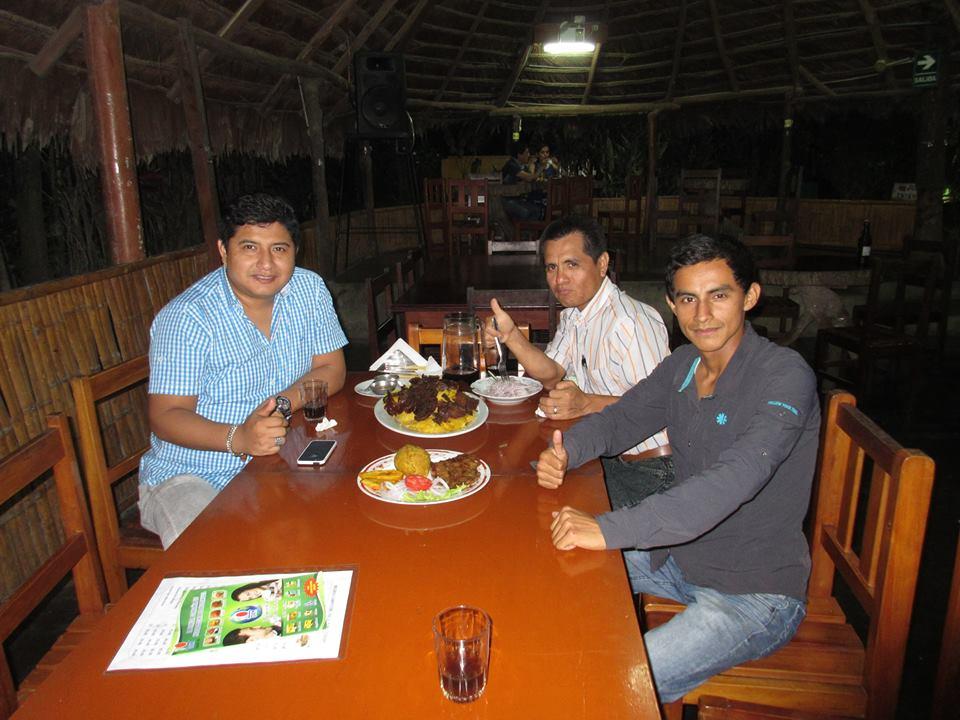 Aqui una Cena Con Lideres DXN INTERNATIONAL