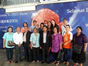 Lideres DXN Visitando Plantaciones En Malasia (1)