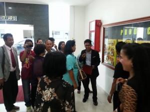 Lideres DXN Visitando Plantaciones En Malasia (4)