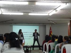 DXN Colombia En Capacitación Con Un Gran Líder (5)