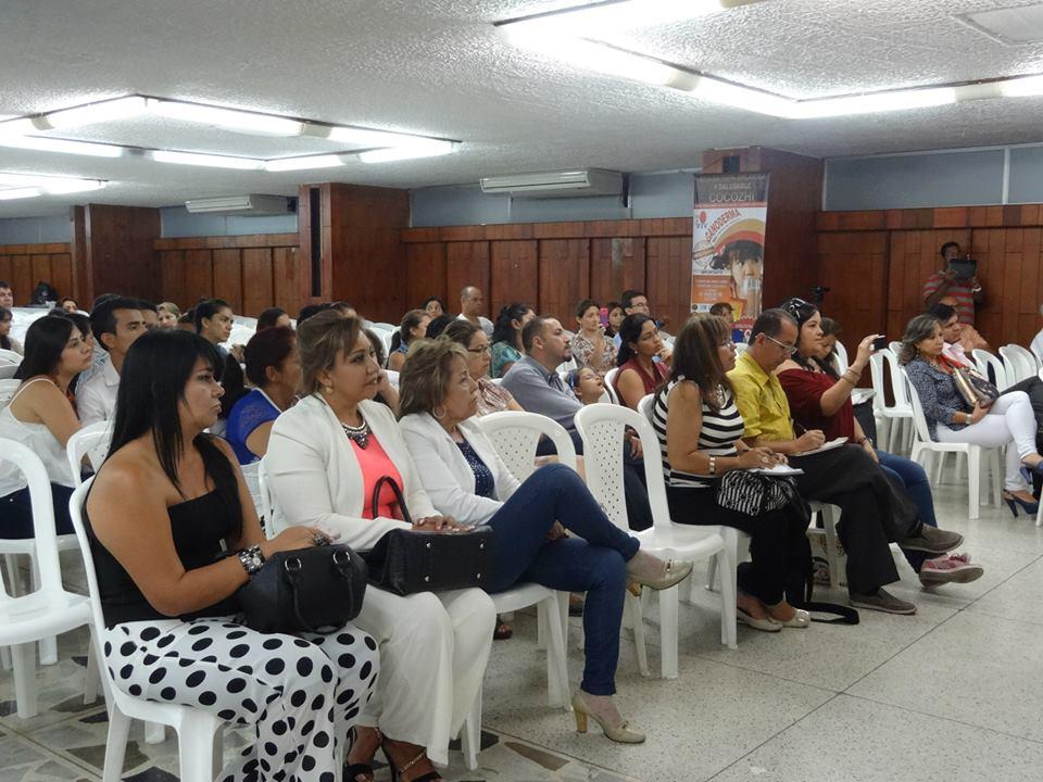 DXN Colombia En Capacitación Con Un Gran Líder