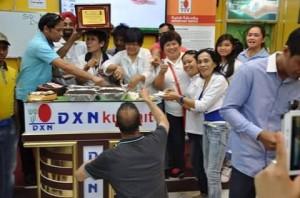 DXN Kuwait Promoviendo Ganoderma Lucidum Siempre (3)